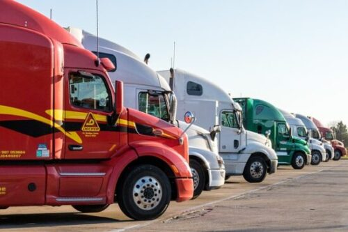 4 Factors to Consider in Buying a Used Semi Truck